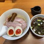 torisobaniboshisobahanayama - 特製つけ麺〜濃厚昆布水添え〜