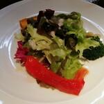 146148642 - 前菜のサラダ