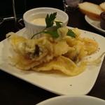 ロコ コロ - 海老と季節野菜のふわふわフリットお手製タルタル添え。