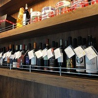 トラットリアバジル - ワインは40種類以上! (\2000~)