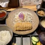 牛かつ いち華 - 料理写真:牛カツ定食1350-