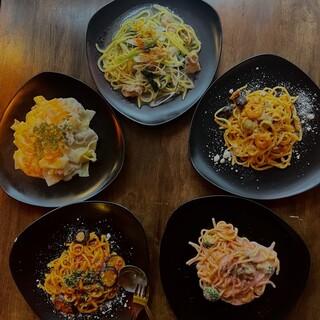 直送!沖縄そば麺を使用したパスタ