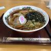 道の駅 果樹公園あしがくぼ - 料理写真:自家製麺ラーメン大、700円。