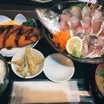 博多魚がし - あじ姿造り定食