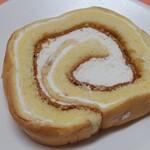 菓子の里 - シューロール バニラ
