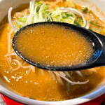 きまぐれ八兵衛 - 蔵出し味噌麺スープ