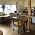 Cercle Dish and Coffee - 店内