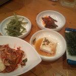 韓国家庭料理 オウリム - 先付?