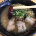 丸徳ラーメン - 料理写真: