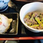 丸秀鮮魚店 - 小鉢の2品