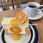 146266266 - かねよし農園のみかんのケーキ&ブレンドコーヒー(フルーティ やや深煎り)