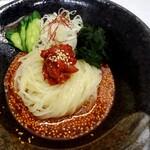 神戸屋 - 甘辛ダレのビビン冷麺