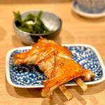 地鶏屋 - 手羽塩焼