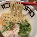 Torisobajiyuubanichikoro - 麺リフト