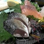 146295419 - しめ鯖・秋鮭