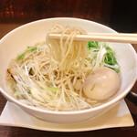 亀戸らぁ麺 零や - 塩そば(税込700円)& 煮卵(税込100円)
