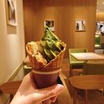 マッチャ ハウス 抹茶館 - 抹茶きなこわらび餅 590円