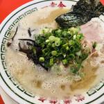 ドライブイン 一幸舎 - 料理写真:こってり豚骨ラーメン=693円 税込