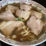 松屋製麺所 - 料理写真:チャーシューらーめん 850円