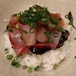 魚 野菜 酒 しゃばらむ - ぶり漬け丼