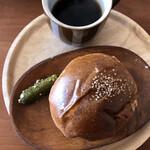 手作りのパン 峰屋 - ハンバーガーできあがり