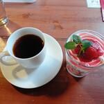 ポカ フレール - 料理写真:ポンポンいちごドリンクセット