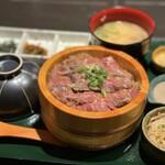 大衆肉割烹 108食堂 -