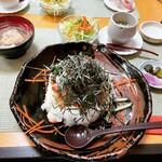 磯料理 光力 - 光力特製バラちらし ¥1,320-