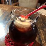 金魚カフェ - 金魚鉢みたいなグラス、可愛い