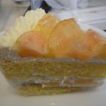 14636228 - 白桃ショートケーキ
