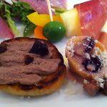 ラ ファーメ - 地鶏のパテと、帽子型パスタにフルーティ・クリーム