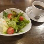 イタ飯バル RICCIO - サラダ+コーヒー
