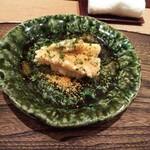 146367727 - 白飯の上に揚げた筍と蕗の薹。そこに たっぷりのカラスミ。
