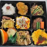 たんぽぽ - たんぽぽオムカレー、オムライスが食べられる人気のお弁当