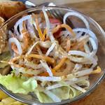 ハンドメイドキッチンOJ  - セットのサラダは胡麻ドレ付き