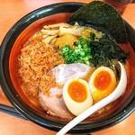 らー麺屋めん丸 - 料理写真:海老味噌ラーメン!小海老どっさり!煮卵ぱっかりとろり!