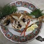 南風荘 - 大きなお魚丸ごと塩焼き!