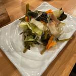 マグロ大使 - 色々野菜の浅漬け 480円