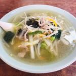 白龍 - 料理写真:湯タンメン麺
