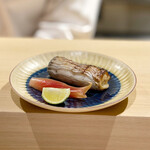 鮨と一品 いちかわ - 太刀魚の幽庵焼き
