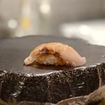鮨と一品 いちかわ - のどぐろの炙り