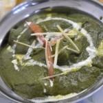 インド・ネパール料理 ヒマラヤ - ほうれん草と鶏肉のカレー
