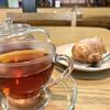 下田康生堂ぱん茶屋 - ドリンク写真:シュークリームと紅茶