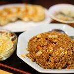 餃子の福来 - チャーハン定食 (¥900)