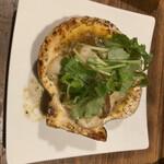 牡蠣ツ端 - * ほたてのガーリックバター焼 680円