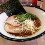麺屋 神楽 - 淡麗醤油そば