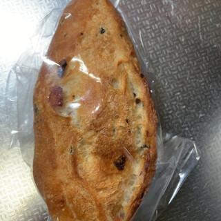 ブーランジェリーキャセロール - 料理写真:オリーブ塩パン