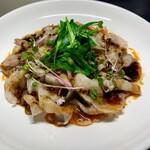 青山麺飯坊 - 雲白肉