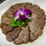 青山麺飯坊 - 五香牛肉