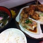 らっきー - 満腹メニュー・ミックスフライ定食570円